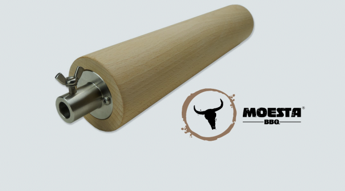 Feuerwalze für Baumstriezel – Buchenholzrolle von MOESTA-BBQ