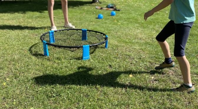 Schildkröt Fun Sports – Roundnet und Mikado für den Garten