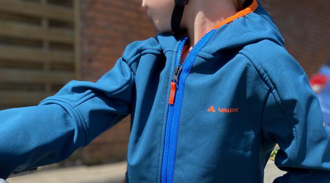 Vaude Softshelljacke Rondane III für Kinder – sportlich für Freizeit und Berge